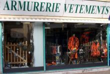 AU STYLET – Armurerie – Coutellerie – Vêtements – Pêche – Maroquinerie à DIGOIN